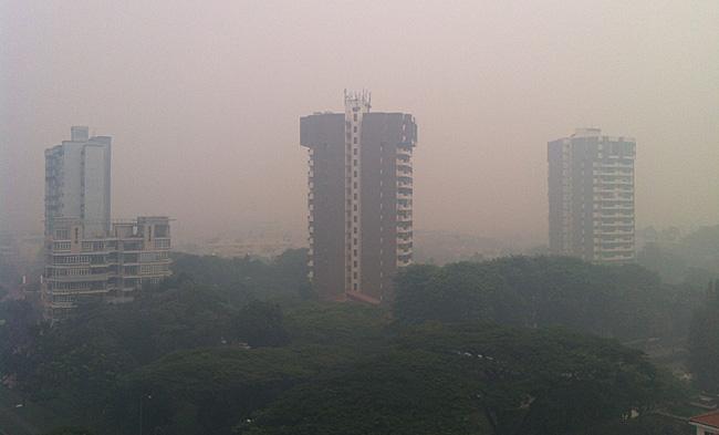 2013_haze_in_Singapore_a