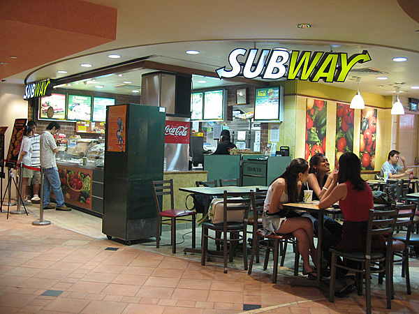 Subway_restaurant_in_the_basement_of_Raffles_City_Shopping_Centre,_Singapore_-_20060529_a